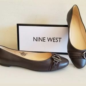 NINE WEST Flats shoes, Dark brown, Size 8.5